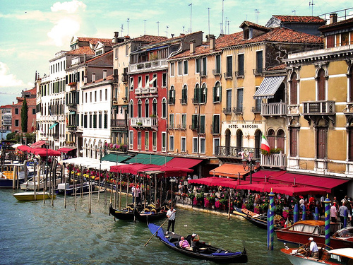 Venice, Italy is perfect city for a romantic weekend getaway - Photo: bekahpaige