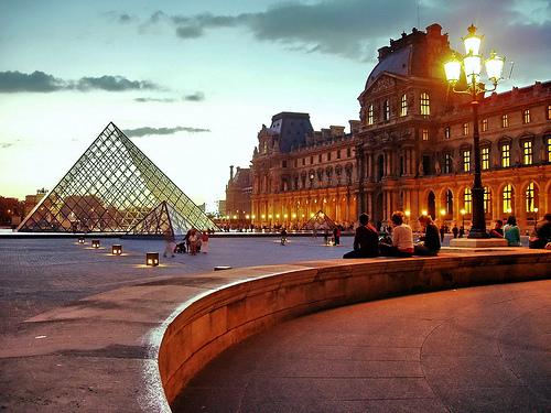 Louvre Museum - Photo: Massimo Carradori