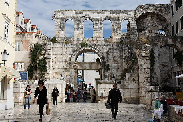 palace of diocletian - photo #21